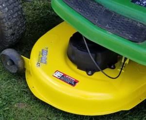 Painting a Lawnmower Deck, John Deere Tractor