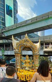 泰國曼谷自助行Day1 四面佛 巴斯的書中黃金屋