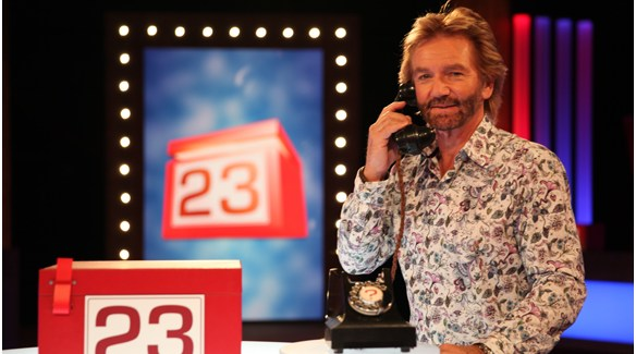 Channel 4 Renews Deal or No Deal Through 2015