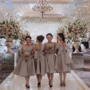 simple plain ankara bridesmaids style