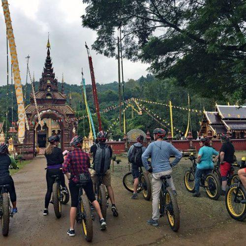 New Year visit Wat Ban Pong | Buzzy Bee Bike, Chiang Mai, Thailand