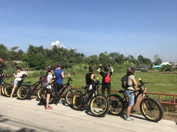 stop at Wat Chang Nam | Buzzy Bee Bike, Chiang Mai, Thailand