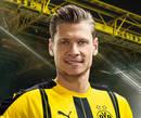 cartão de autógrafo de Lukasz Piszczek, o zagueiro do Borussia Dortmund para a temporada 2016/2017