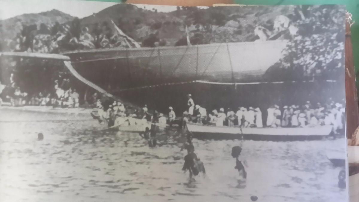 Launching of Gloria Colita in Bequia in Feb. 1939