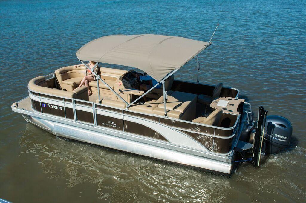 C1  Bennington Fishing Pontoon 22  Baywater Boat Club