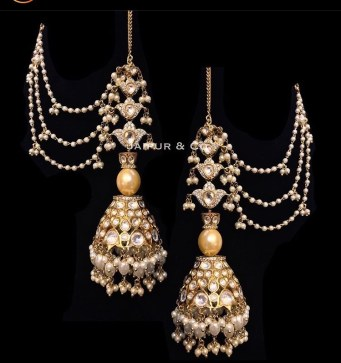 traditional, hanging jhumkas. from pakistani jewelers jaipur and co