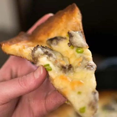 The BEST low-carb pizza