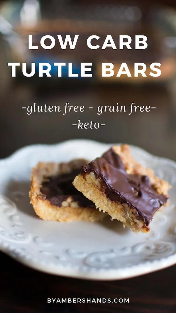 Turtle Bars get a healthy makeover, gluten free, grain free, and low carb, these are sure to please everyone at your table! #lowcarb #keto #glutenfree #dessert #easy #bars