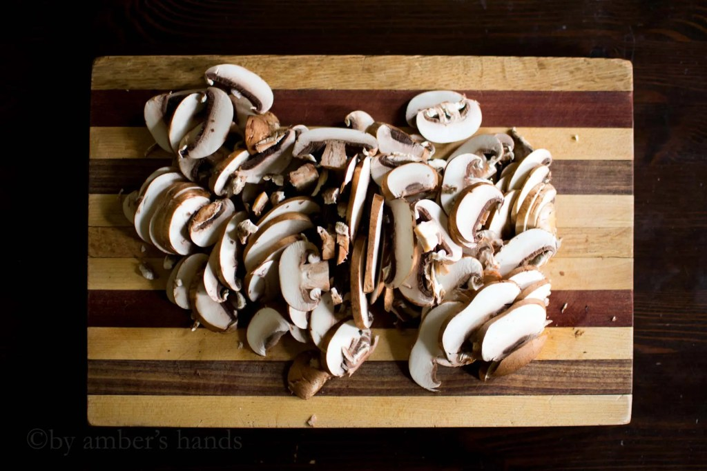 Creamy Mushroom Sauce -by amber's hands-