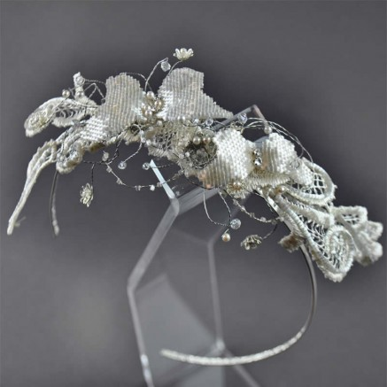 Enchanting Butterfly Glide Wedding Hair Band