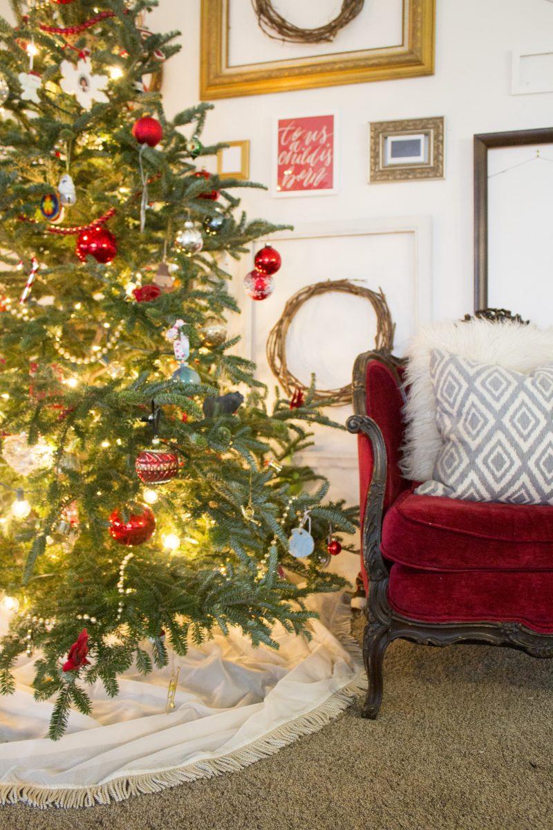 christmas-tree-skirt