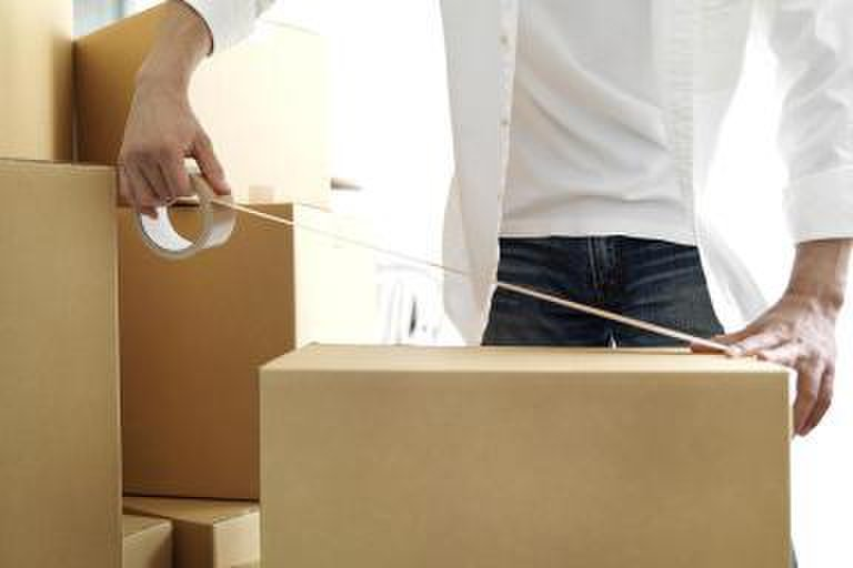 Stěhování kanceláří s profesionály se vyplatí