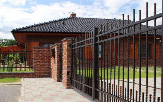 Bezúdržbové ploty, branky a vjezdové brány jsou realitou