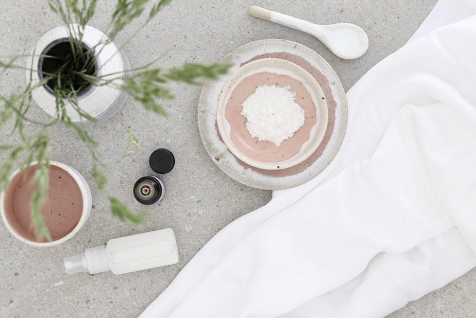 DIY hjemmelavet tørshampoo spray - enkel opskrift
