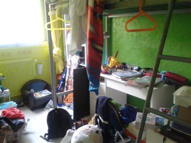 chambre ado avant rangement
