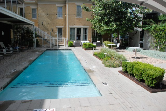 Best Boutique hotel in austin, TX , staycation, texas vacation, romantic getaway, girls trip, historic mansion, acl SXSW lodging