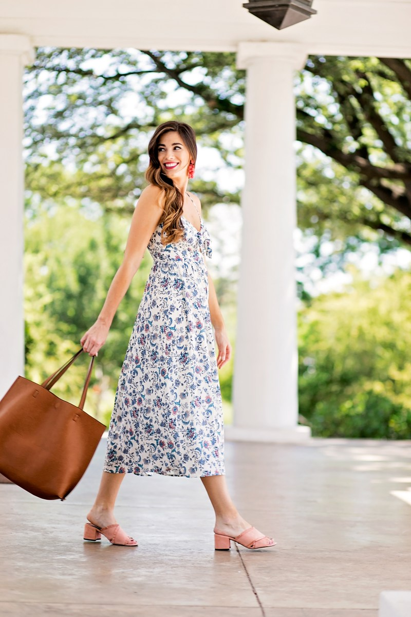 Tie-Front Midi Dress and Oversized Tote