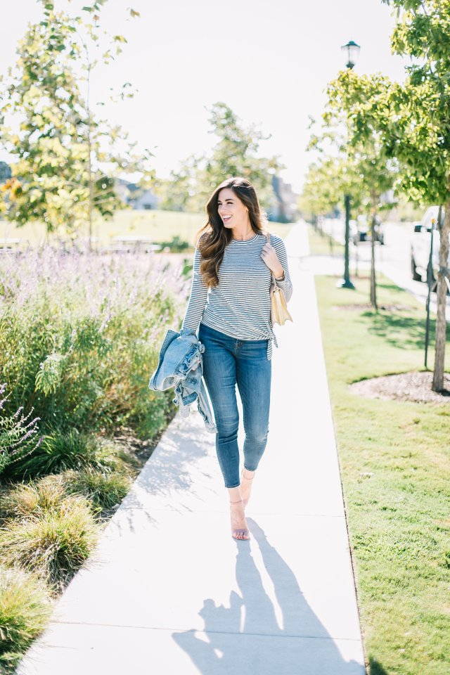 ruffle denim jacket madewell striped tee skinny jeans steve madden blush sandals tory burch bag fall fashion
