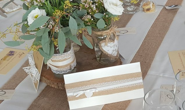 Kraft & hessian invitation