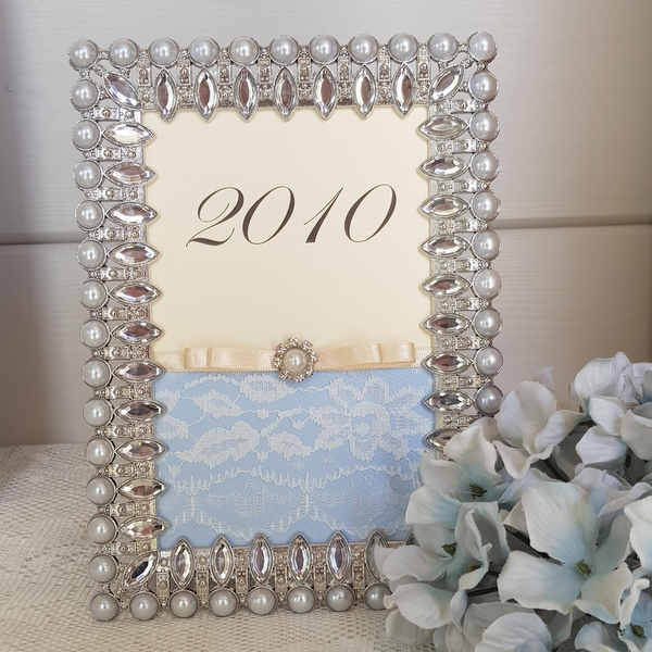 vintage lace and pearl table number