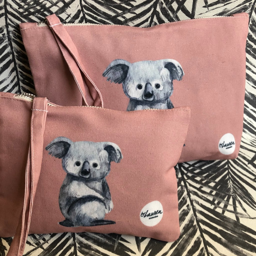love me some koala vintage pink clutches