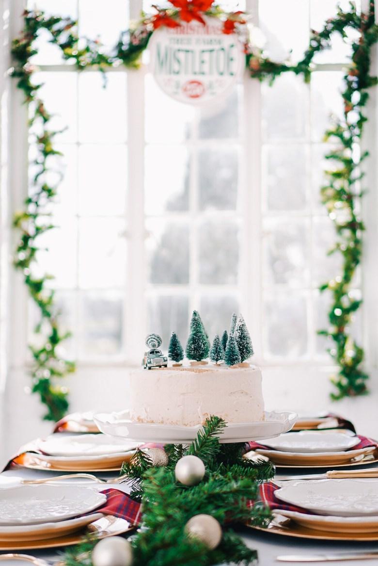 A Christmas Tree Farm Tablescape by Lauren Cermak of the Southern lifestyle blog, Going For Grace.