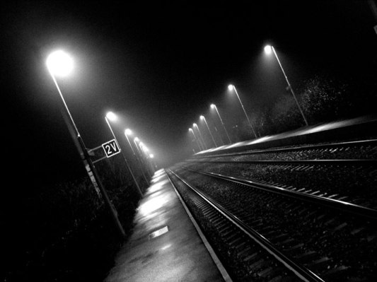 Gare-de-Nieppe-By-Night-002