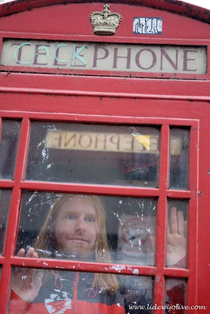 Scary man in phone booth