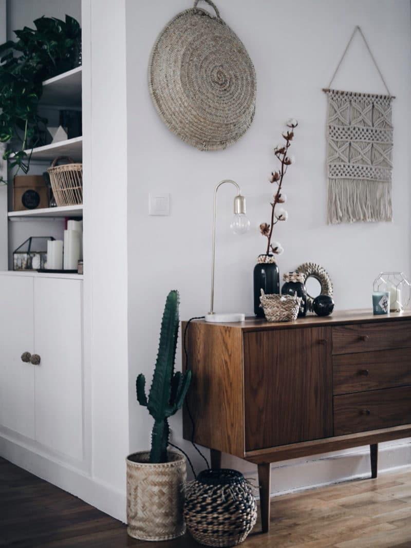 Décoration salon salle à manger table DIY bois brut pieds métal entrée