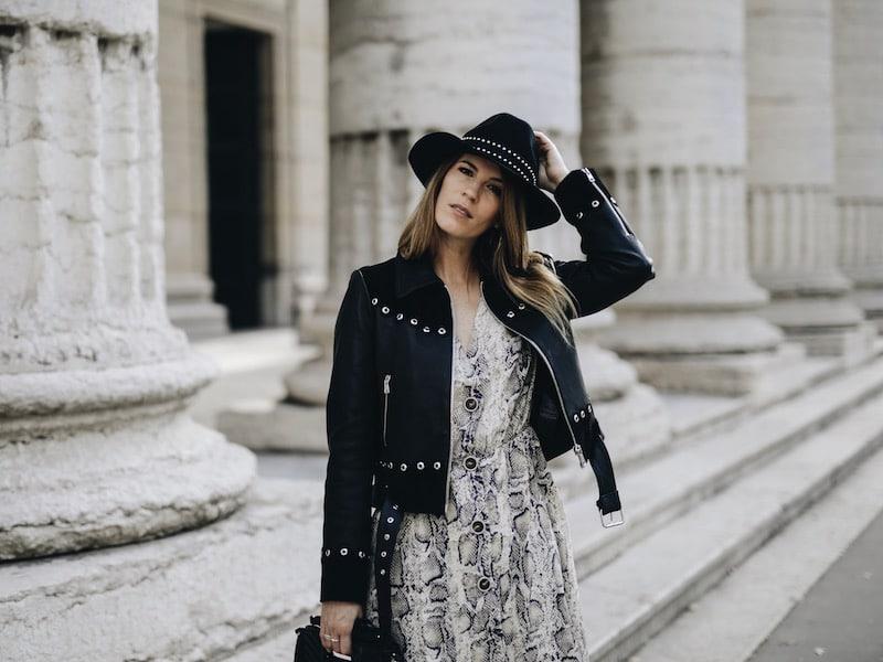 Robe python et veste en cuir à œillets By Opaline blog
