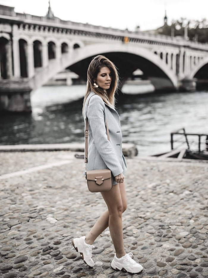 Look inspiration femme ensemble tweed Maje costume ugly sneakers blog mode Lyon France By Opaline