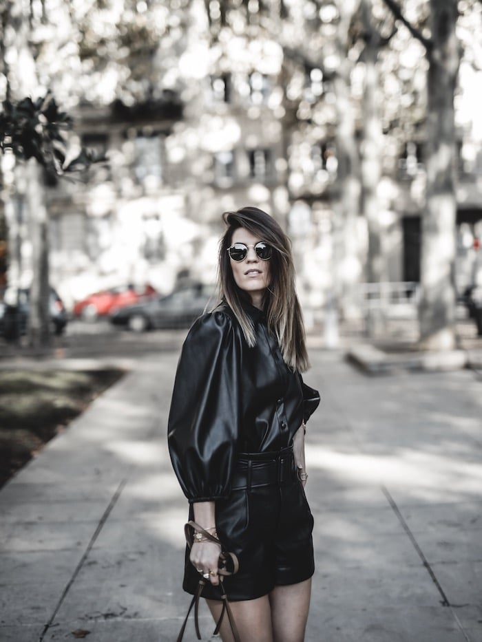 Look femme automne inspiration tenue tendance 2019 chemise simili cuir total look blog mode Lyon France By Opaline