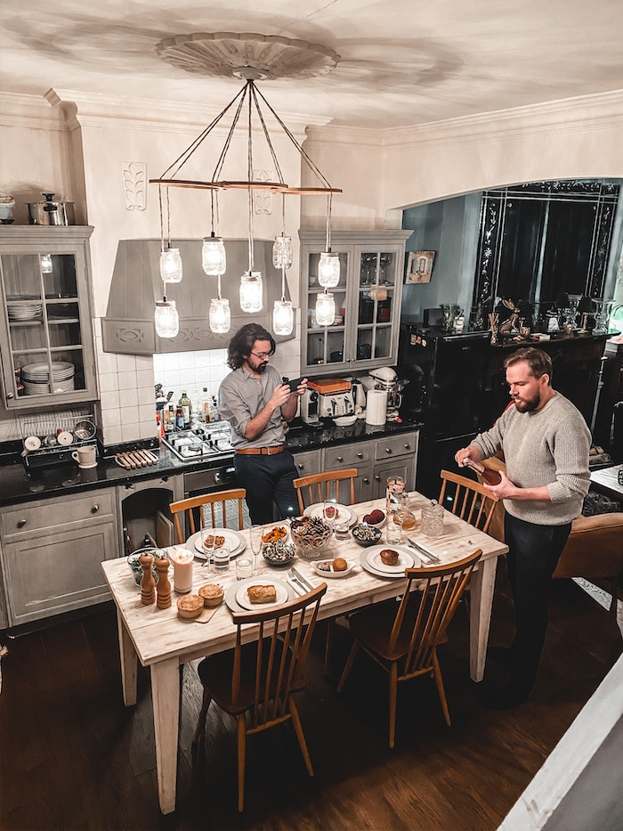 Voyage Airbnb appartement Londres dîner réveillon