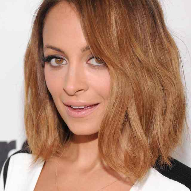 the best hairstyles for women in their 30s, as pictured on