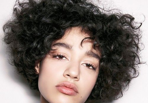 8 Easy Naturally Curly Hairstyles You Ll Love
