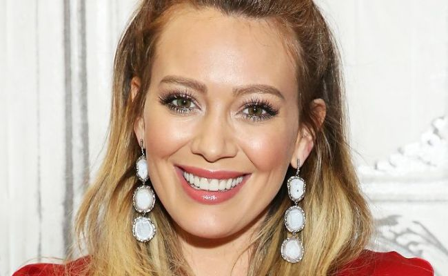 Hilary Duff On Fitness Tips Drugstore Skincare And Balance
