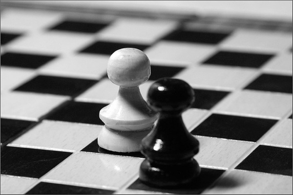 Conflict chess