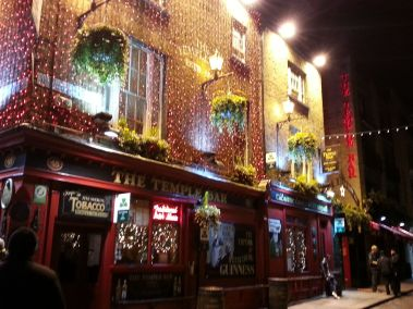 Temple Bar all lit up!