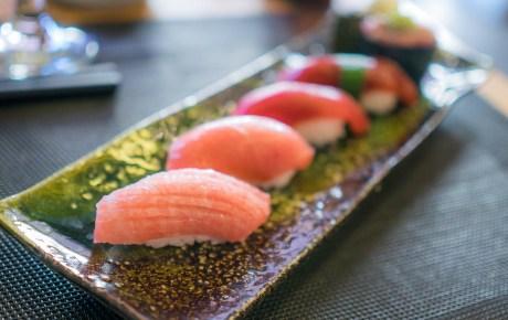 Goddelijke sushi eet je in de haven van IJmuiden