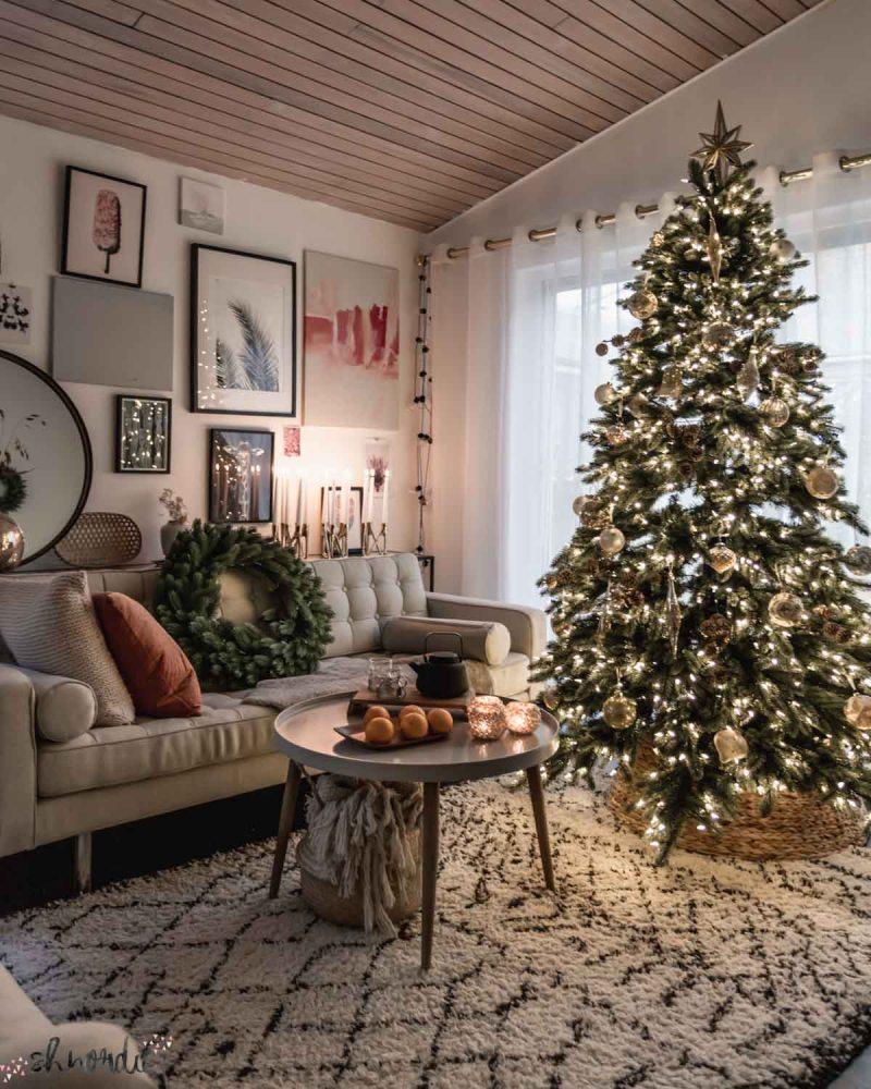 Christmas tree and wreath