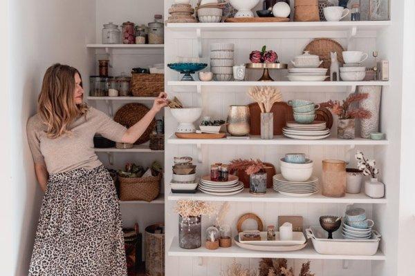 SHnordic's big floor to ceiling kitchen open display shelving