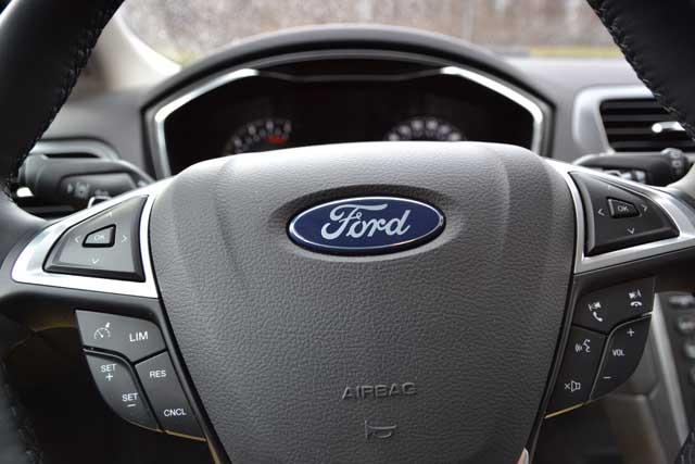 Ford återlanserar etanolbil