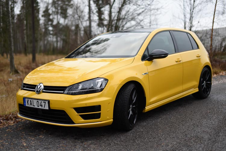 Volkswagen Golf R 2015 (12)750
