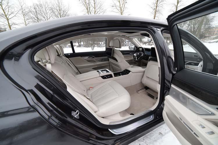BMW 750Li 2016 (190)750