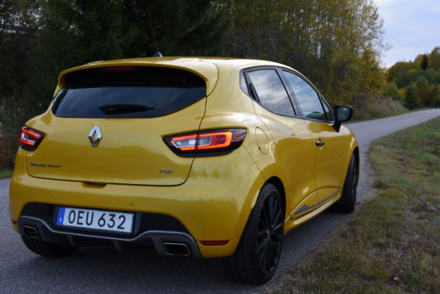 renault-clio-rs-2016-2