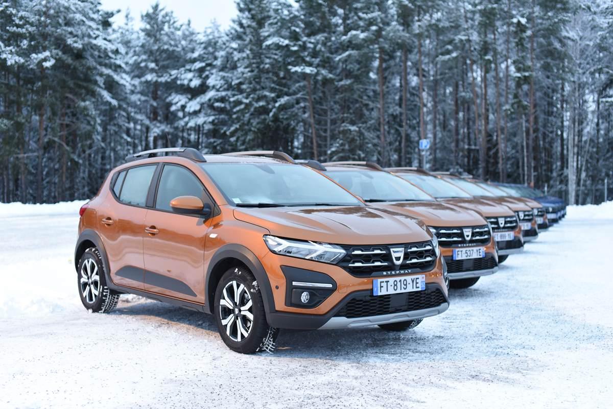Test nya Dacia Sandero – Sveriges billigaste bil är riktigt bra!