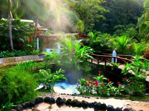 Beautiful connections between hot springs at Tabacon