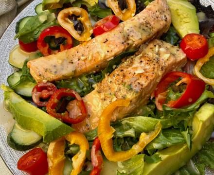 Honey Mustard Garlic Salmon Salad