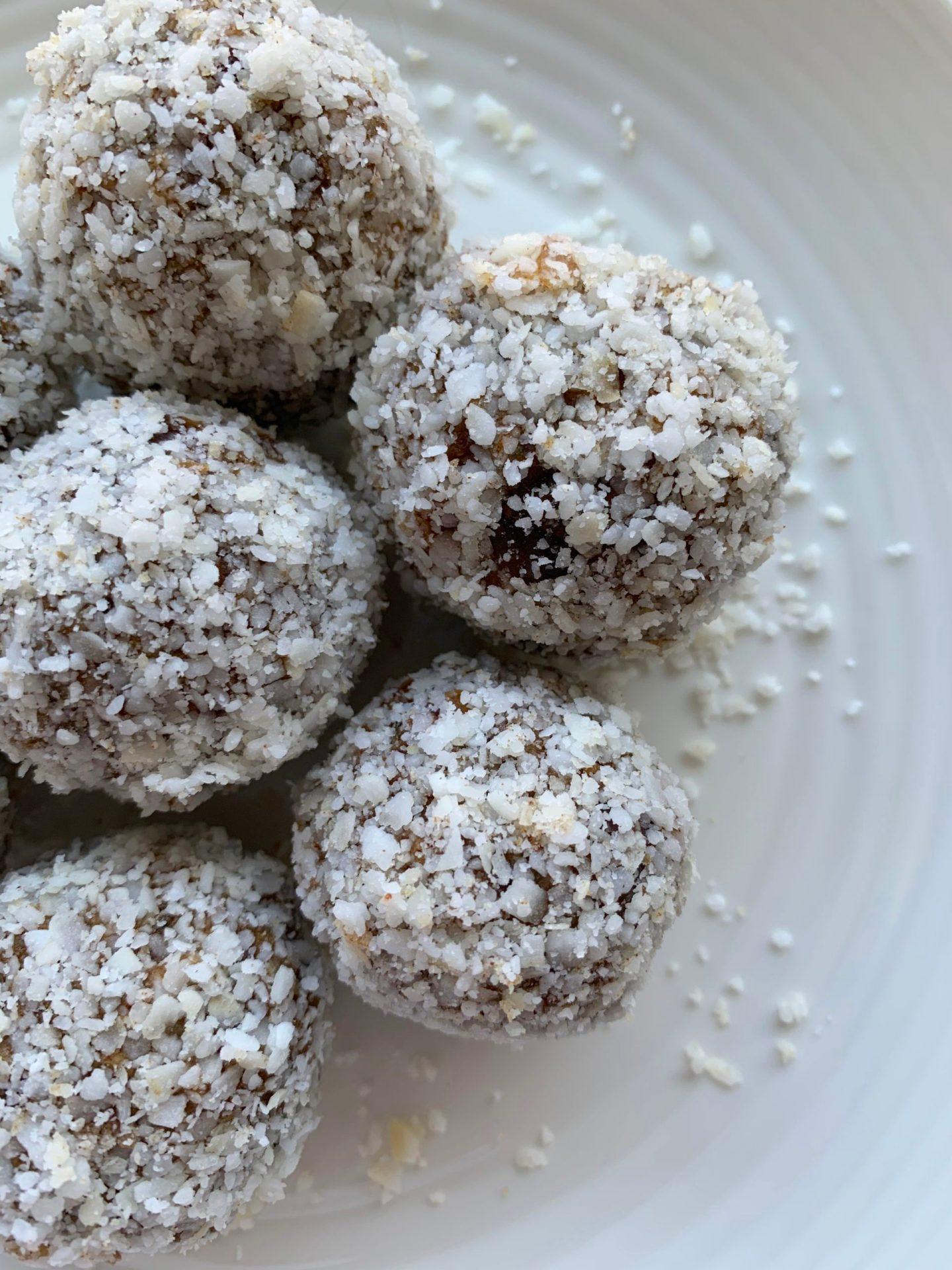 Chai Coconut Bliss Balls (Vegan, Gluten Free, No Bake)