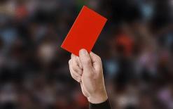 gelbe-rote-karte-im-fussball-1